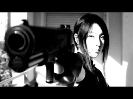 Hot_Sexy_Girl_Gun_Nude_9