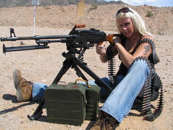 Nude redneck girls with guns apologise, but